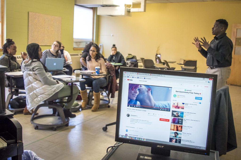Dr. David Green's Beyoncé, Rihanna and Nicki Minaj: Performing Black Feminism class.